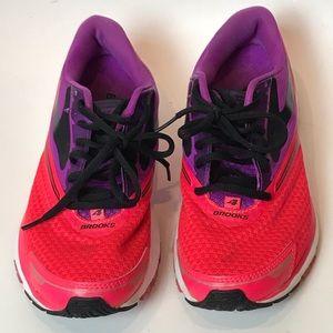 Brooks Launch 4 Woman Running Shoe Sz 8.5